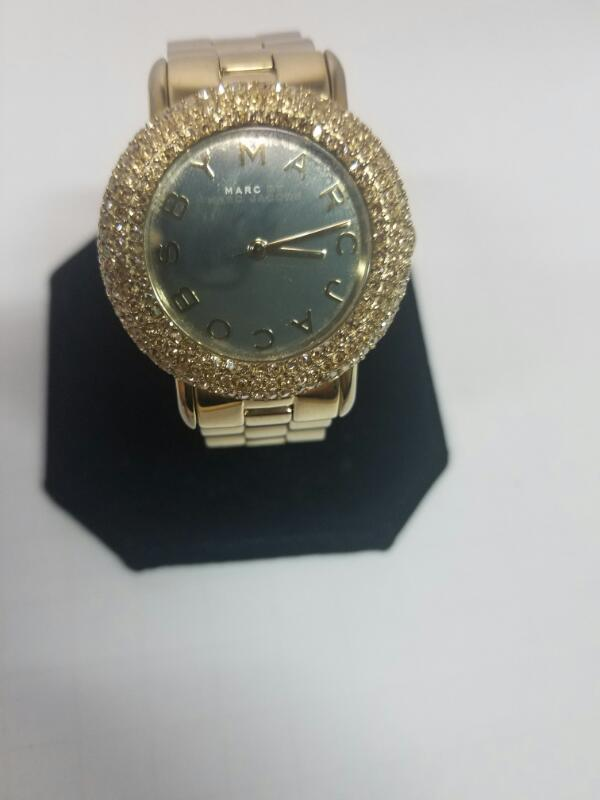 MARC MBM3191 GOLD/SILVER WATCH PLATED   65.90000000000001KWMS #8 WATCH