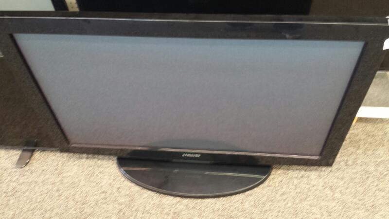 "Samsung Model PN42B400P3 42"" Plasma TV"