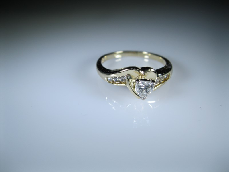 Lady's Diamond Solitaire Ring .25 CT. 14K Yellow Gold 3.27g
