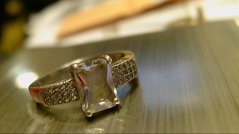 Synthetic Cubic Zirconia Lady's Silver & Stone Ring 925 Silver 3.2g