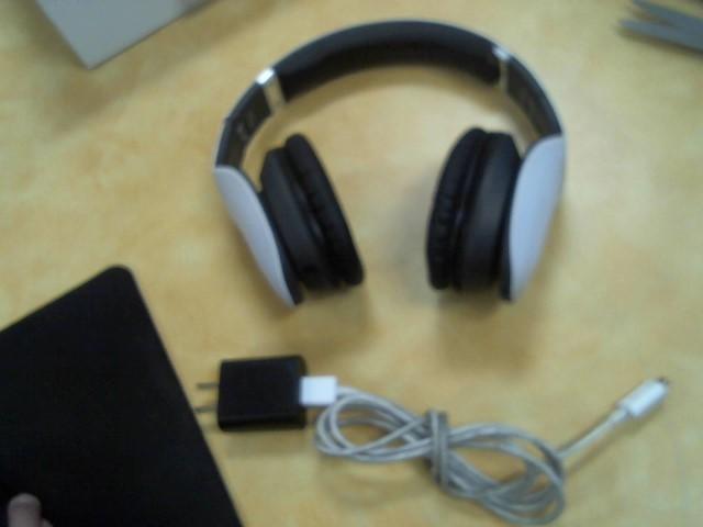 IHIP Headphones SIDE SWIPE