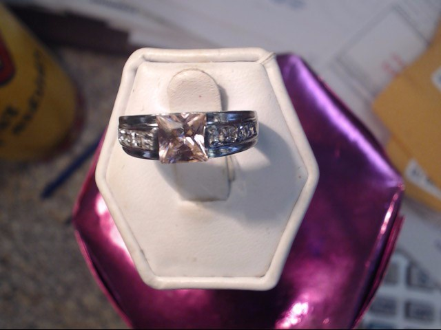 Pink Sapphire Lady's Silver & Stone Ring 925 Silver 2.6dwt Size:6