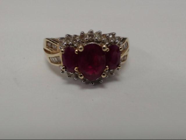 Ruby Lady's Stone & Diamond Ring 30 Diamonds .38 Carat T.W. 14K Yellow Gold