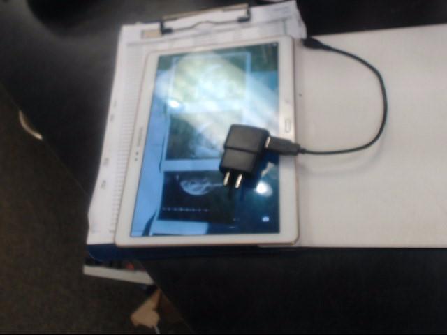 SAMSUNG Tablet SM-T807V