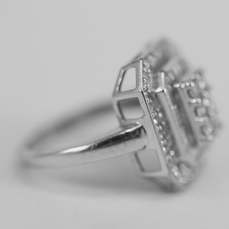 Vintage Inspired 14K White Gold Cluster Diamond Ring Size 7