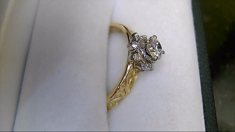 Lady's Star Solitaire Diamond 18K Yellow Gold Engagement Ring