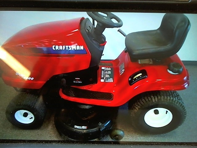 CRAFTSMAN Lawn Tractor RIDING DYT 4000