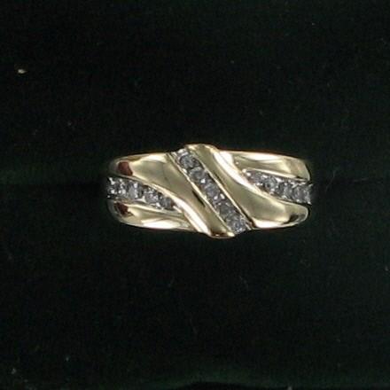 Gent's Gold-Diamond Wedding Band 15 Diamonds .50 Carat T.W. 10K Yellow Gold