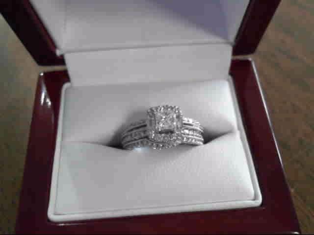 Lady's Diamond Wedding Set 45 Diamonds 1.12 Carat T.W. 14K White Gold 3.9dwt