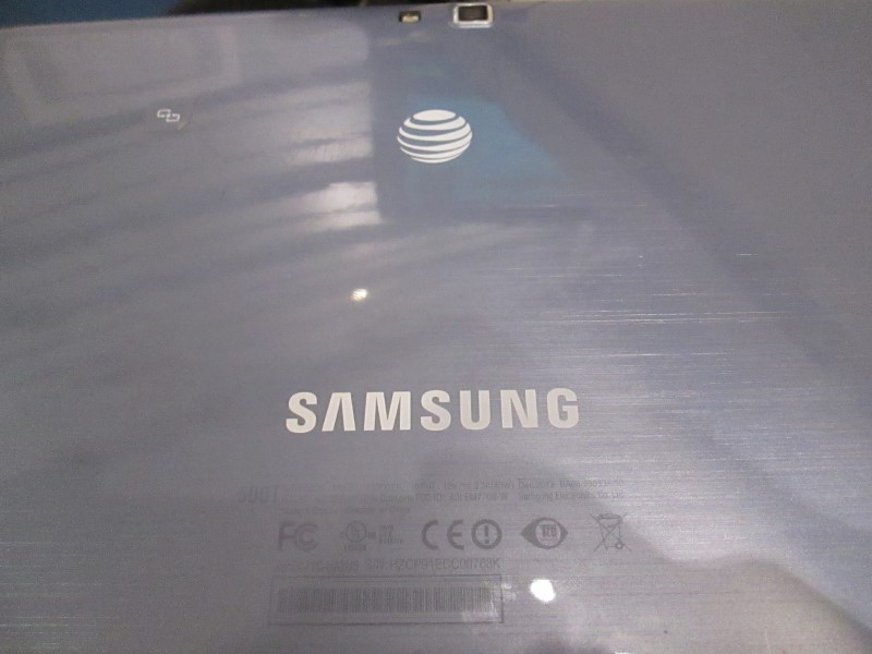 SAMSUNG Tablet XE500T1C-A04US