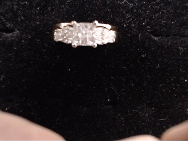 Lady's Diamond Cluster Ring 29 Diamonds .85 Carat T.W. 14K Yellow Gold 4.7g