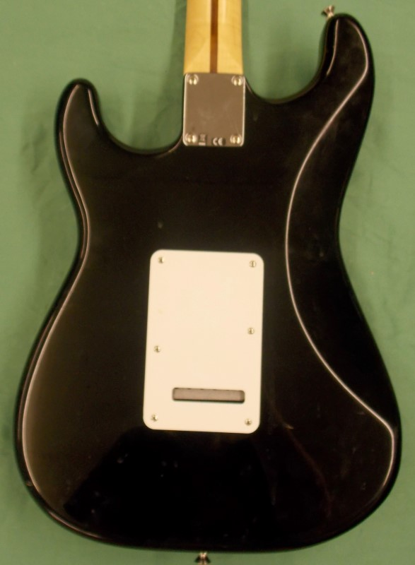 2008-2009 FENDER STRATOCASTER, 6 STRING, RIGHT HANDED GUITAR, MADE IN MEXICO