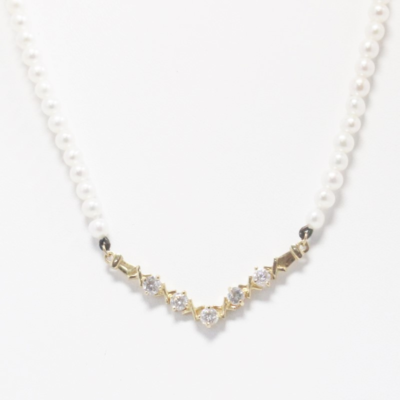 """16"""" 14K Yellow Gold Pearl and Stone Criss Cross """"V"""" Shaped Necklace"""
