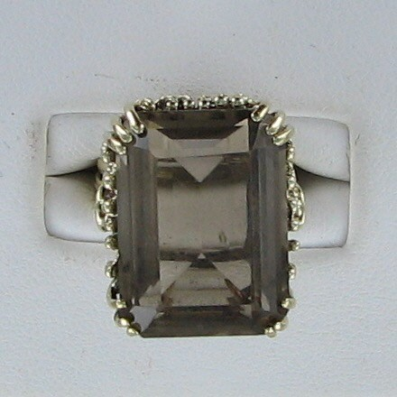 Brown Stone Lady's Stone Ring 10K Yellow Gold 6.6dwt