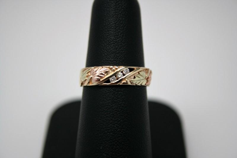 LADY'S DIAMOND BAND 10K BLACK HILLS GOLD
