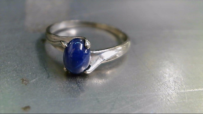 Synthetic Star Sapphire Lady's Stone Ring 10K White Gold 1.7g
