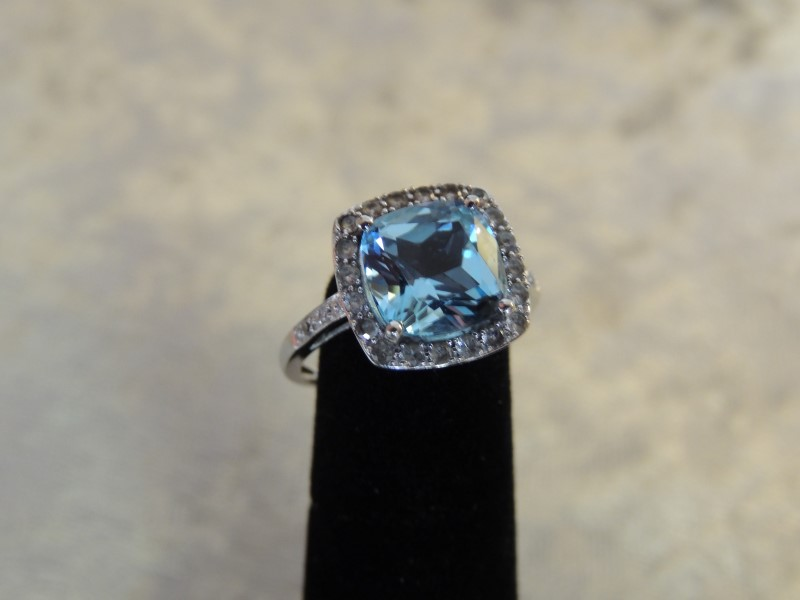 Synthetic Blue Topaz Lady's Stone & Diamond Ring 24 Diamonds .24 Carat T.W.