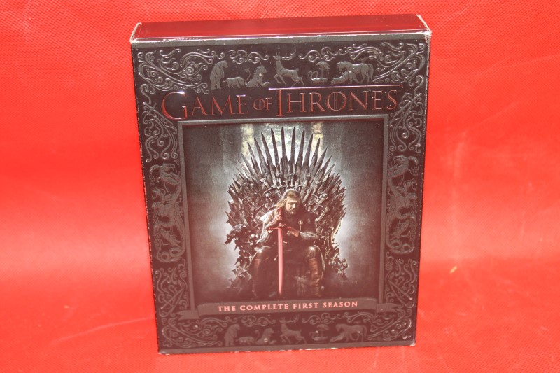 Game of Thrones: The Complete Season 1 Blu-Ray Set