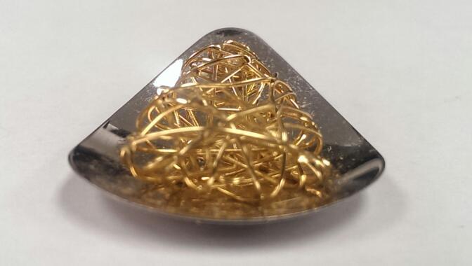 Gold Charm 18K 2 Tone Gold 6.5g