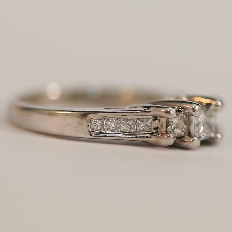 14K White Gold Multi Princess Cut Diamond Engagement Ring Size 3.25