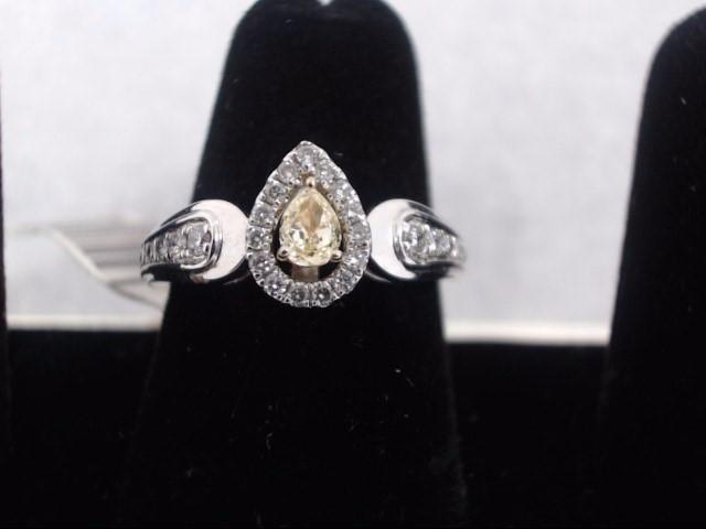 Lady's Diamond Solitaire Ring 31 Diamonds .95 Carat T.W. 14K White Gold 2.3g
