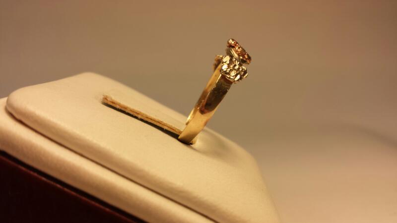 14k 3-Tone Flower Ring - 1.2dwt - Size 7