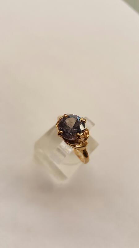 Purple to Pink Alexandrite Lady's Ring 14K Yellow Gold  Size:7.25