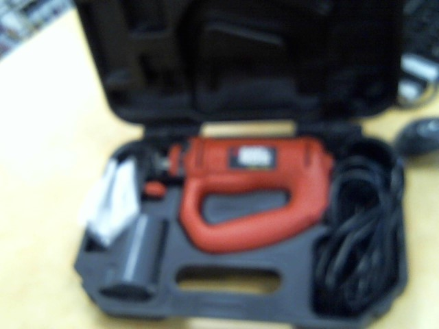 BLACK&DECKER Spiral Cut Saw RS150