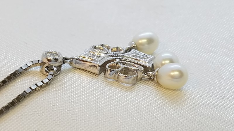 Pearl Diamond & Stone Necklace 6 Diamonds .035 Carat T.W. 14K White Gold 5.3g