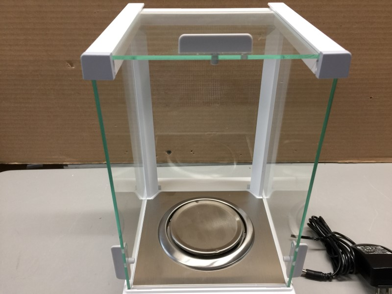 METTLER-TOLEDO ML104T New Classic Analytical Balance Scale