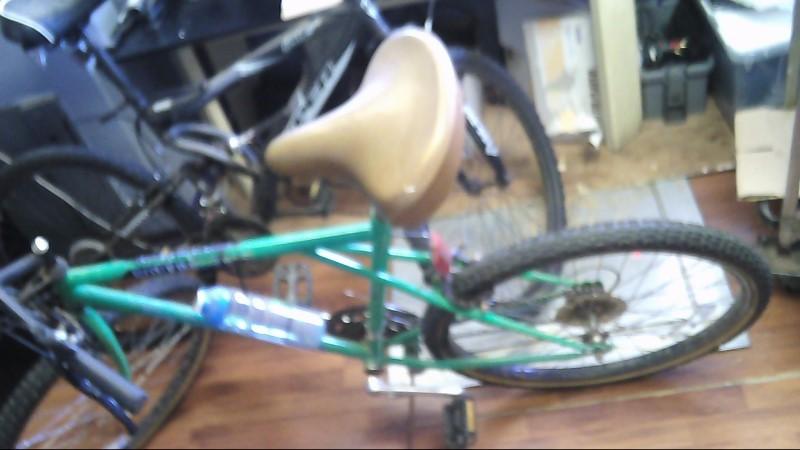 FREE SPIRIT Road Bicycle BICYCLE