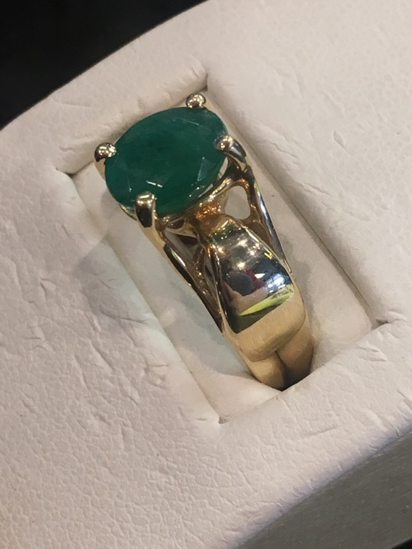 Synthetic Emerald Lady's Stone Ring 14K Yellow Gold 2.3dwt