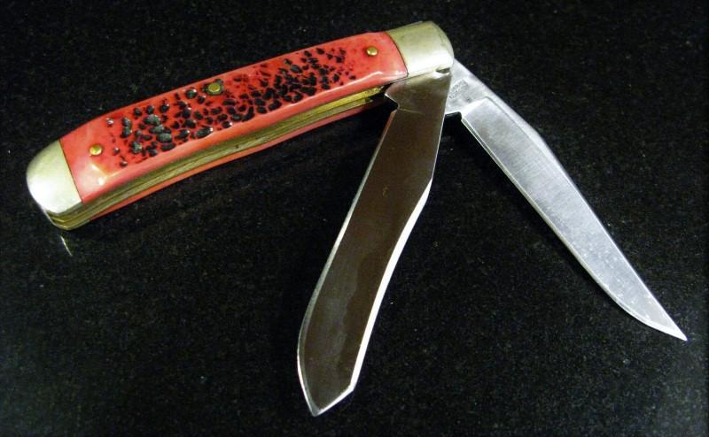 ROBERTT KLAAS KISSING CRANE 2 BLADE TRAPPER FOLDING KNIFE - RED KC6211RD