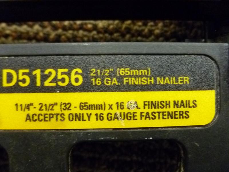 "DEWALT D51256 16GA 1-1/4"" - 2-1/2"" FINISH NAILER"