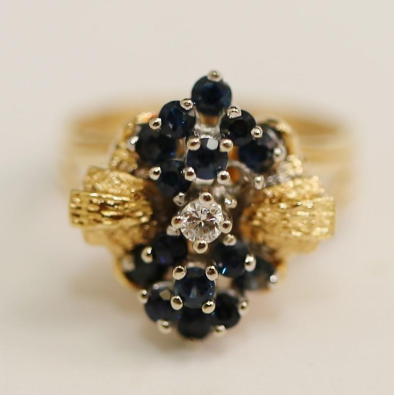 Diamond & Sapphire Cluster Ring 14K Size 8.25