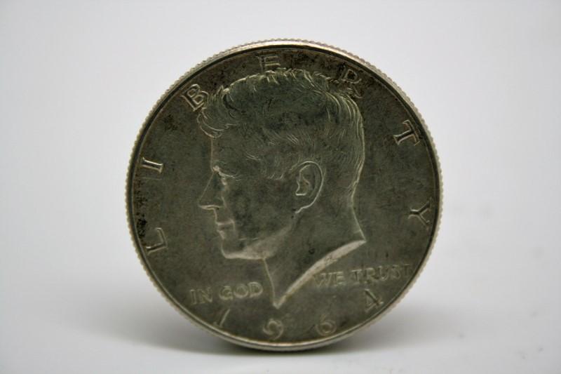 UNITED STATES Silver Coin 1964 KENNEDY HALF DOLLAR