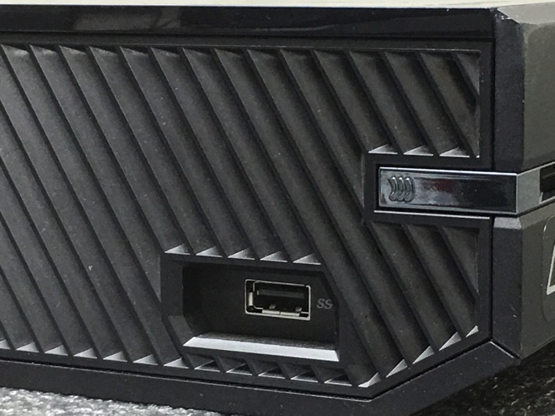 MICROSOFT XBOX ONE MODEL 1540 500GB BLACK CONSOLE BUNDLE