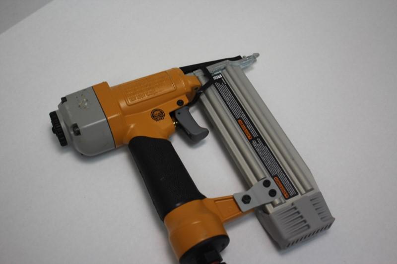 BOSTITCH Nailer/Stapler BTFP1850K
