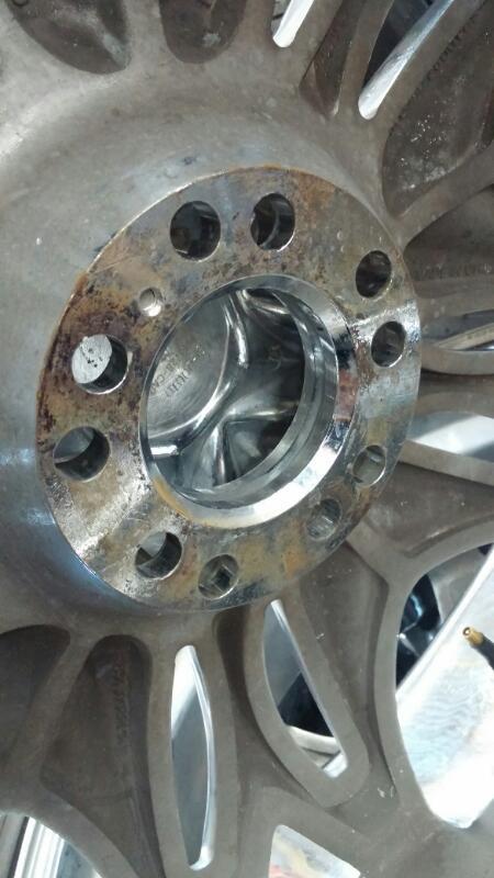 "VISCERA Wheel 22"" TIRES AND RIMS"