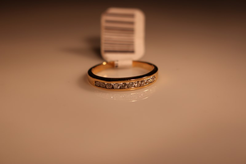 Lady's Diamond Wedding Band 10 Diamonds .40 Carat T.W. 18K Yellow Gold 2.64g