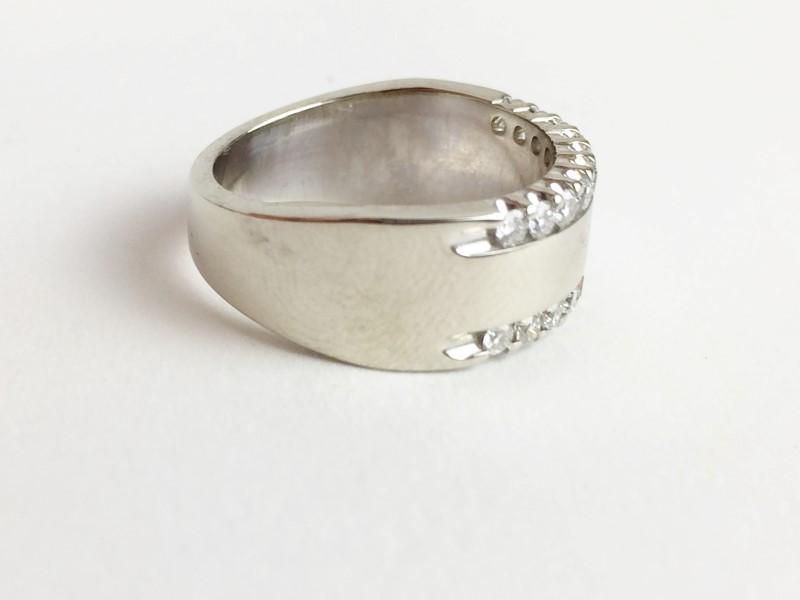 Multi Diamond Ring w 20 Diamonds .40 Carat T.W. 14K White Gold 9.07g Size 7