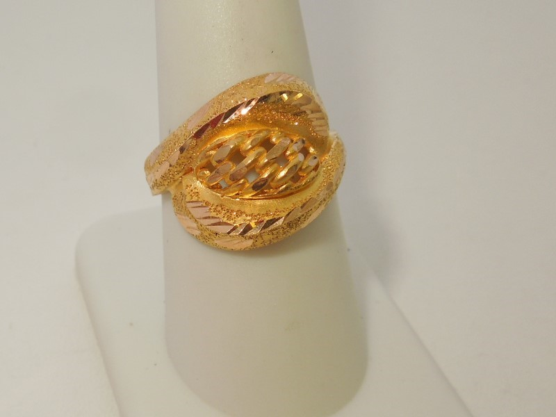 Lady's Gold Ring 21K Yellow Gold 5.8g Size:8.5