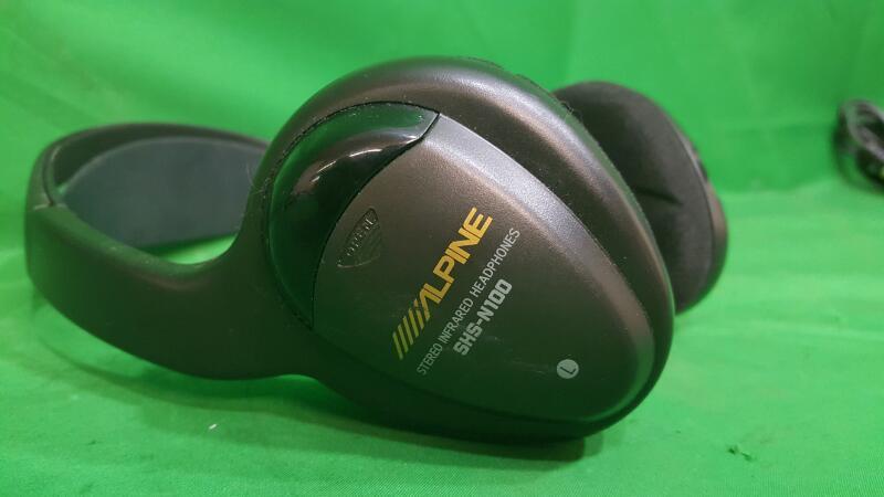 AUDIOVOX Headphones INFRARED HEADPHONES INFRARED HEADPHONES