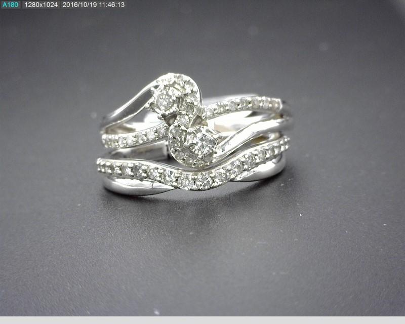 LADY'S 10K WG WEDDING SET WITH APX.48CTW DIAMONDS 5.5G SZ.7
