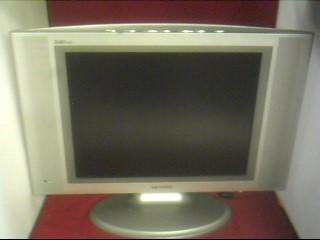 SAMSUNG Flat Panel Television LTN1535