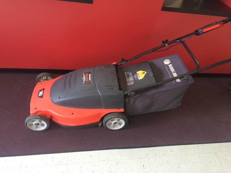 """BLACK&DECKER Lawn Mower MM875 19"""" LAWN HOG"""