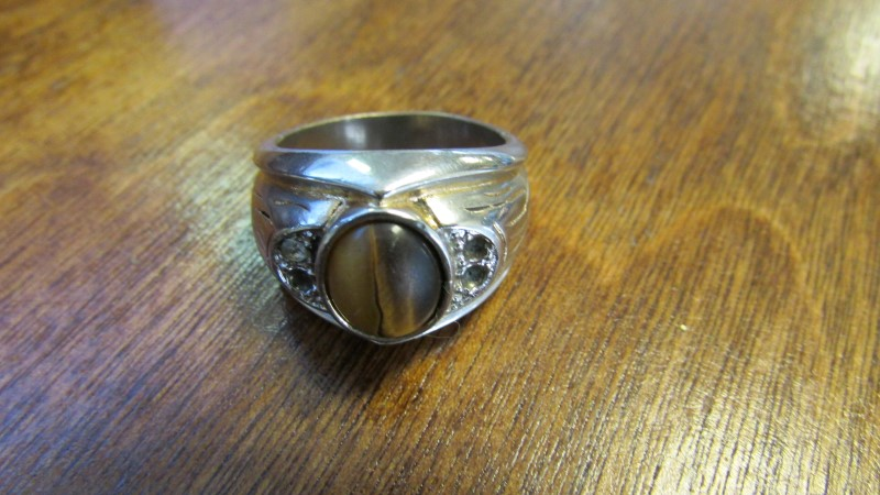 TIGERS EYE STAINLESS STEEL RING SIZE 9
