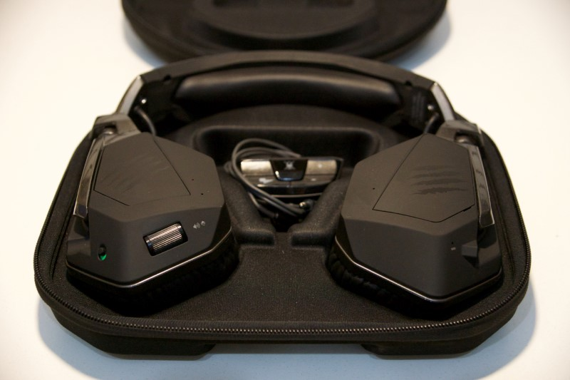 Mad Catz FREQ F.R.E.Q 9 XBOX ONE/PC Gaming Headphones w/ Case and Extras