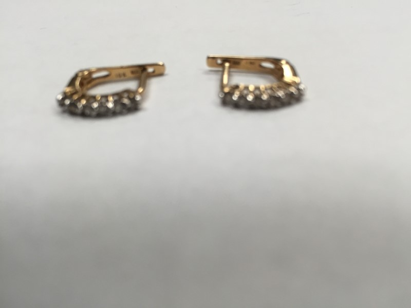GOLD-DIAMOND EARRINGS: 1.7G 10K-Y/G, 12-ROUND BRILLIANT CUT DIAMOND 0.12CTW