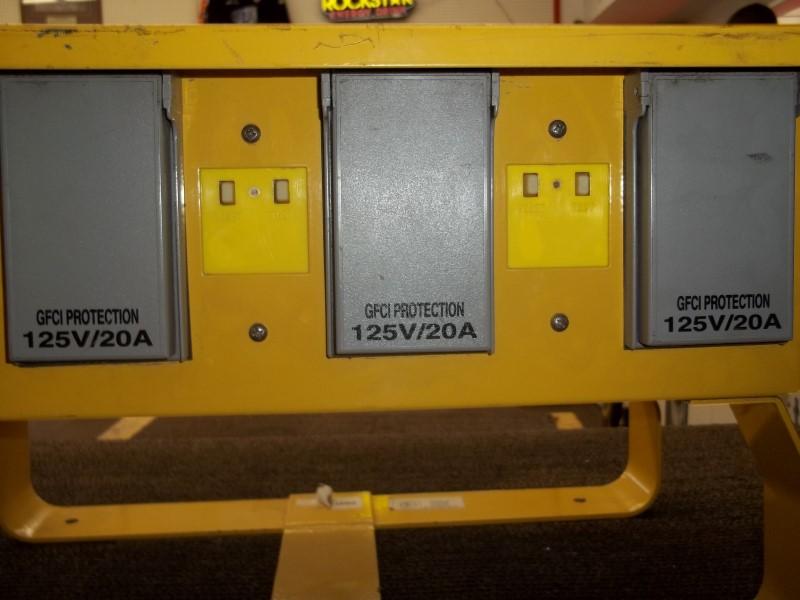 LEVITON THE BOX POWER DISTRIBUTOR